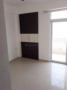 Gallery Cover Image of 1540 Sq.ft 3 BHK Apartment for rent in JM Florence, Noida Extension for 8500