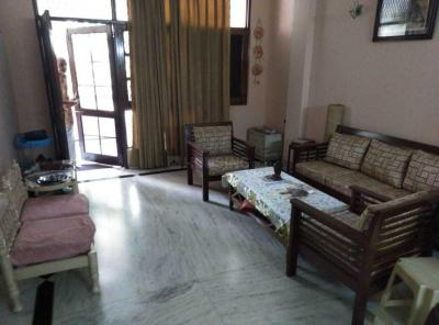 Gallery Cover Image of 300 Sq.ft 1 RK Apartment for rent in Lajpat Nagar for 20000
