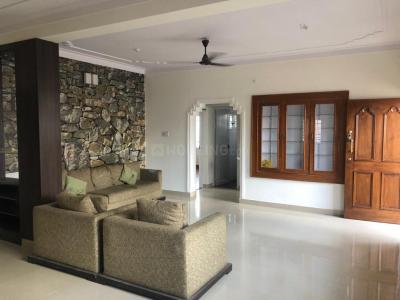 Gallery Cover Image of 1800 Sq.ft 3 BHK Apartment for rent in Hebbal for 28000