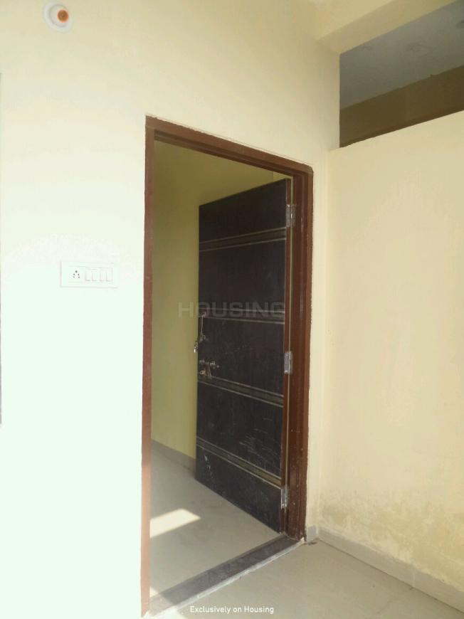 Main Entrance Image of 1250 Sq.ft 3 BHK Apartment for buy in New Rani Bagh for 2750000