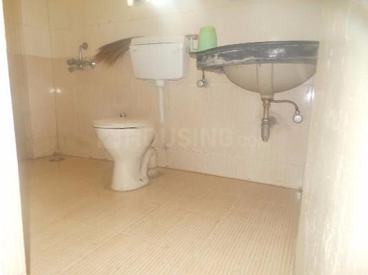 Common Bathroom Image of 1000 Sq.ft 2 BHK Apartment for rent in Narhe for 11000