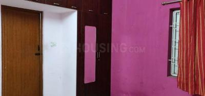Gallery Cover Image of 1400 Sq.ft 3 BHK Apartment for rent in Velachery for 27000