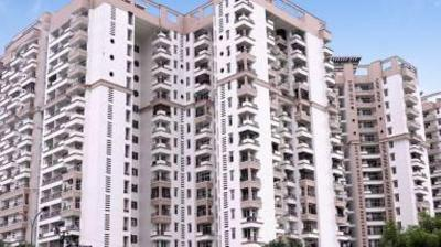 Gallery Cover Image of 2200 Sq.ft 4 BHK Apartment for buy in Ramprastha Pearl Court, Vaishali for 15000000
