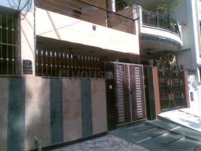Building Image of PG House in Kirti Nagar