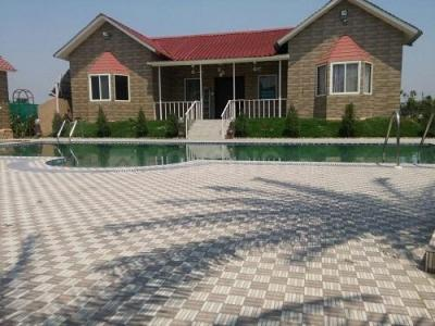 Gallery Cover Image of 1230 Sq.ft 3 BHK Villa for buy in Sector 150 for 3750000