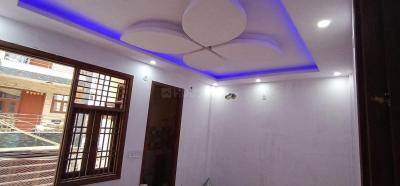 Gallery Cover Image of 1221 Sq.ft 3 BHK Independent Floor for buy in Dwarka Mor for 7000000