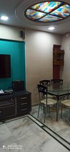 Gallery Cover Image of 900 Sq.ft 2 BHK Apartment for rent in NG Complex, Andheri East for 41000