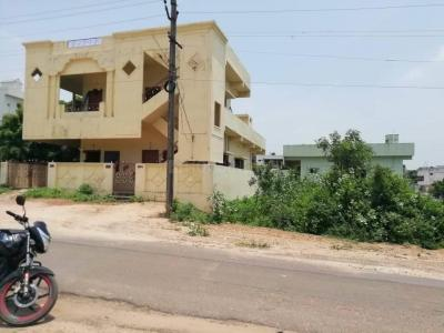 Gallery Cover Image of 1350 Sq.ft 2 BHK Independent House for buy in Dowlaiswaram for 4500000
