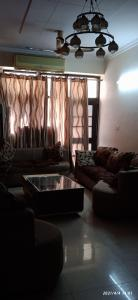 Gallery Cover Image of 2400 Sq.ft 4 BHK Apartment for buy in Amrapali Royal, Vaibhav Khand for 11000000
