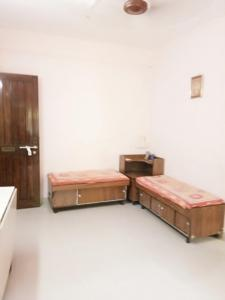 Gallery Cover Image of 600 Sq.ft 1 BHK Apartment for rent in Dahisar West for 16500