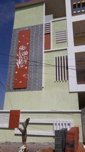Gallery Cover Image of 6680 Sq.ft 6 BHK Independent House for buy in Bolarum for 26000000