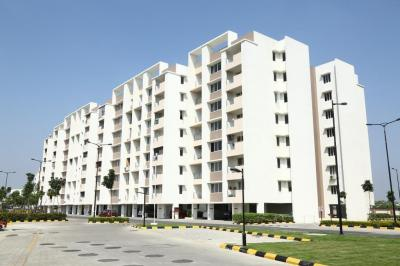 Gallery Cover Image of 611 Sq.ft 1 BHK Apartment for buy in Pallikaranai for 3500000