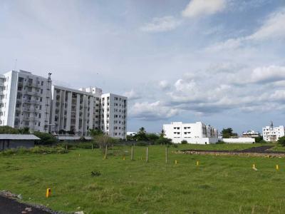 Gallery Cover Image of 640 Sq.ft Residential Plot for buy in Guduvancheri for 1792000