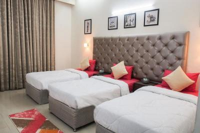 Bedroom Image of Boys PG in DLF Phase 3