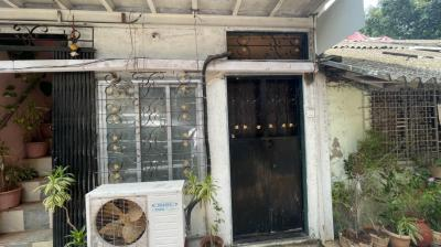 Gallery Cover Image of 525 Sq.ft 2 BHK Independent House for rent in Madhav Bhavan, Parel for 50000