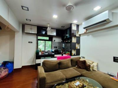 Gallery Cover Image of 600 Sq.ft 1 BHK Apartment for rent in Victory Blocks, Bandra West for 50000