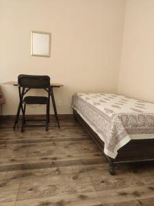 Bedroom Image of Single Occupancy PG In Chittaranjan Park, New Delhi in Chittaranjan Park
