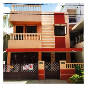 Gallery Cover Image of 2200 Sq.ft 3 BHK Independent House for rent in Marathahalli for 36000