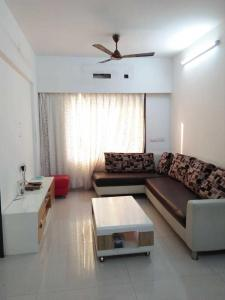 Gallery Cover Image of 725 Sq.ft 2 BHK Apartment for rent in Borivali West for 30000