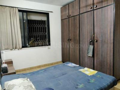 Gallery Cover Image of 750 Sq.ft 1 BHK Apartment for rent in Paschim Apartments, Prabhadevi for 55000