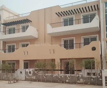 Gallery Cover Image of 1400 Sq.ft 3 BHK Independent Floor for rent in Sector 81 for 15000