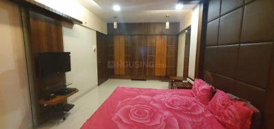 Gallery Cover Image of 1100 Sq.ft 2 BHK Apartment for buy in Saibaba Tower, Andheri West for 31000000