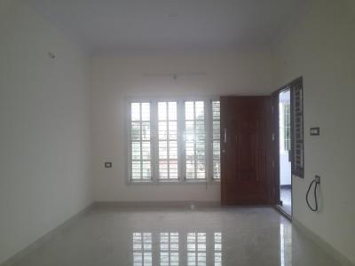 Gallery Cover Image of 1300 Sq.ft 2 BHK Apartment for rent in Koramangala for 40000