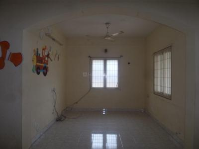 Gallery Cover Image of 1250 Sq.ft 2 BHK Apartment for rent in Velachery for 16000