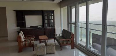 Gallery Cover Image of 2000 Sq.ft 3 BHK Apartment for rent in Seawoods for 80000