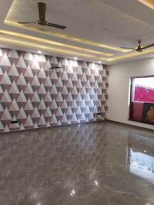 Gallery Cover Image of 800 Sq.ft 1 BHK Independent Floor for rent in Sector 16A for 17000