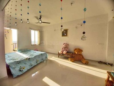 Gallery Cover Image of 1350 Sq.ft 2 BHK Apartment for buy in Madhavpura for 3998700