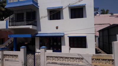 Gallery Cover Image of 2000 Sq.ft 4 BHK Apartment for buy in Anuppanadi for 22500000