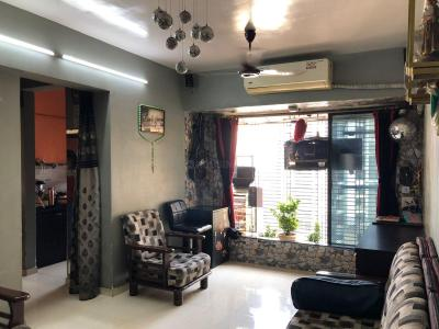 Gallery Cover Image of 525 Sq.ft 1 BHK Independent Floor for buy in Neelkanth Valley, Thane West for 7000000