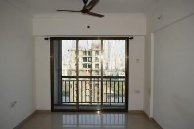 Gallery Cover Image of 540 Sq.ft 1 BHK Apartment for rent in Dharti Pressidio, Kandivali West for 20000