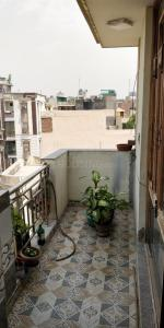 Gallery Cover Image of 650 Sq.ft 1 RK Independent Floor for buy in Krishna Nagar for 1500000