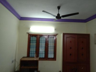 Gallery Cover Image of 1100 Sq.ft 2 BHK Independent House for rent in Madhanandapuram for 13000