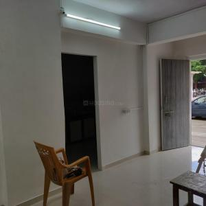 Gallery Cover Image of 350 Sq.ft 1 BHK Apartment for rent in Kandivali West for 16000