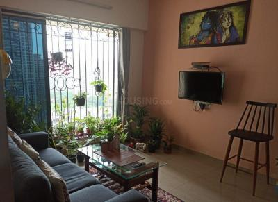 Gallery Cover Image of 420 Sq.ft 1 BHK Apartment for rent in Riddhi Heights, Goregaon West for 25000