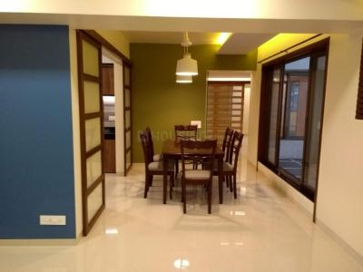 Gallery Cover Image of 1600 Sq.ft 3 BHK Apartment for rent in Ratnagiri Apartments, Khar West for 126000