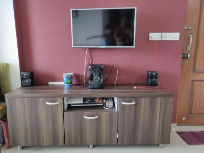 Gallery Cover Image of 950 Sq.ft 2 BHK Apartment for rent in Geeta Apartment Kanjurmarg, Kanjurmarg East for 36000