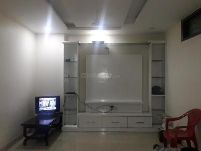 Gallery Cover Image of 900 Sq.ft 2 BHK Apartment for rent in Paschim Vihar for 20000