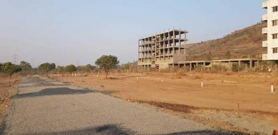 Gallery Cover Image of 1000 Sq.ft Residential Plot for buy in Magarpatta City for 900000