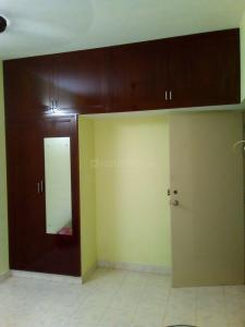 Gallery Cover Image of 980 Sq.ft 2 BHK Apartment for rent in Ragamalika Apartments Phase 2, Medavakkam for 13000
