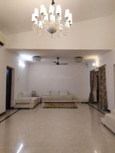 Gallery Cover Image of 5000 Sq.ft 4 BHK Independent House for rent in Neelankarai for 150000