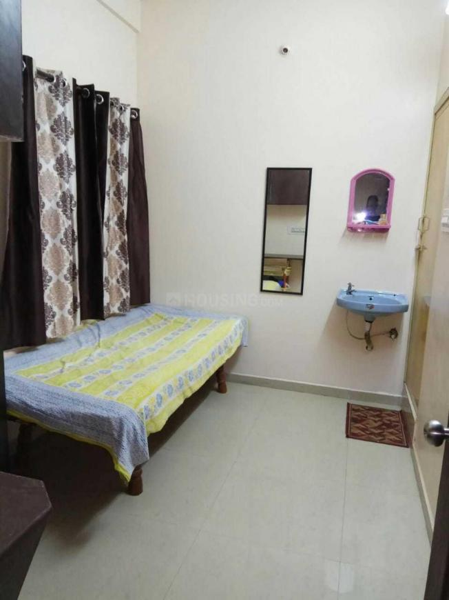 Bedroom Image of Evergreen PG For Girls in Adugodi