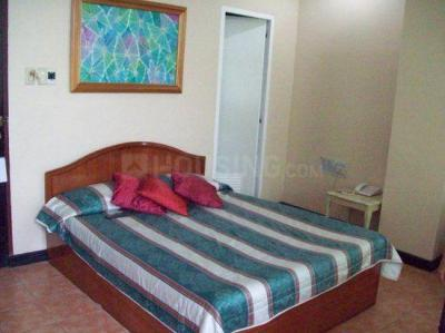 Gallery Cover Image of 560 Sq.ft 1 BHK Independent Floor for rent in Sector 57 for 19000