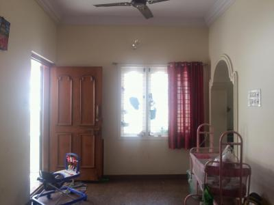 Gallery Cover Image of 700 Sq.ft 2 BHK Independent Floor for rent in J. P. Nagar for 13000