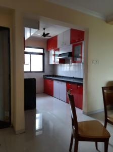 Gallery Cover Image of 2000 Sq.ft 3 BHK Apartment for rent in Seawoods for 60000