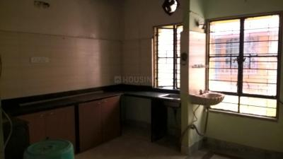 Gallery Cover Image of 700 Sq.ft 2 BHK Apartment for rent in Baghajatin for 7000