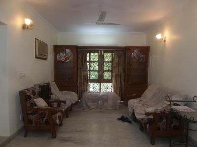Gallery Cover Image of 1500 Sq.ft 3 BHK Apartment for rent in Sarita Vihar for 40000